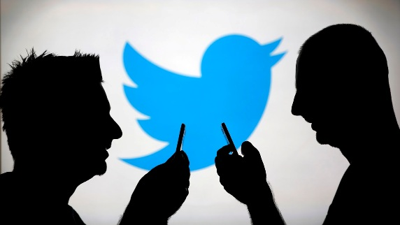 get traffic on Twitter